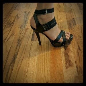 "5"" platform green and leather heels"